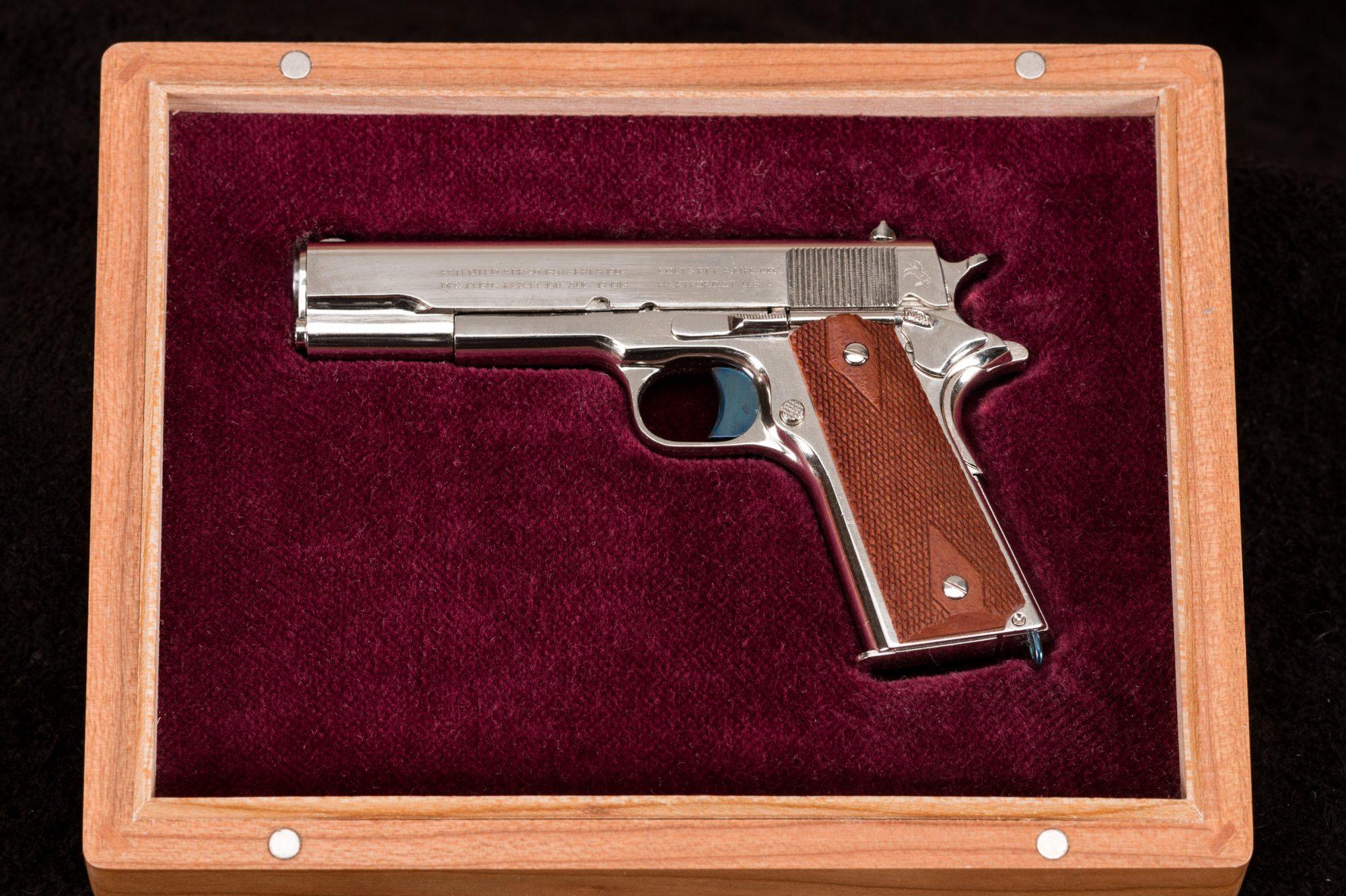 52C David Kucer Miniatures Colt 1911 9