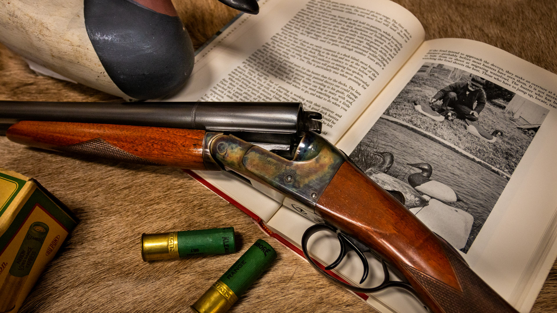 Photo of N.R. Davis 12 gauge shotgun, restored by Doug Turnbull in the mid 1990s